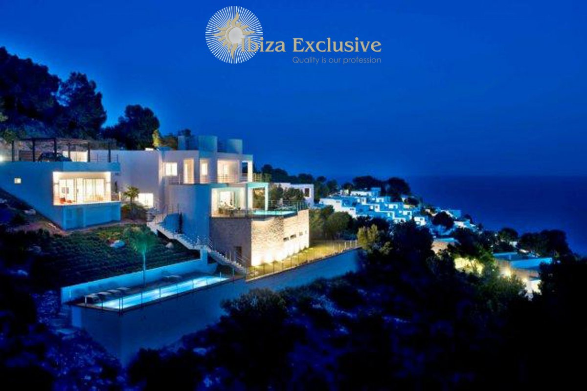 In the Southeast of Ibiza: Outstanding top class luxury villa